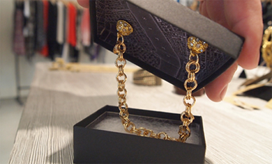 Magnetic Packaging: Jewelry